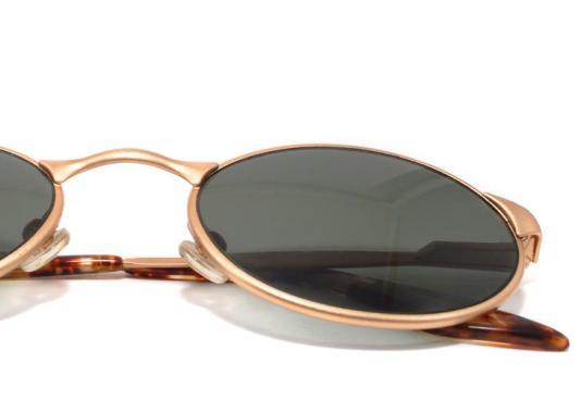 2d12ba2afa9f7 Confira algumas tendências em óculos de sol para o inverno 2012 ...