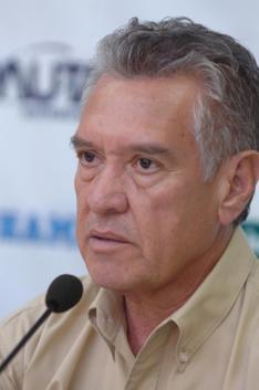 Flávio Neves /