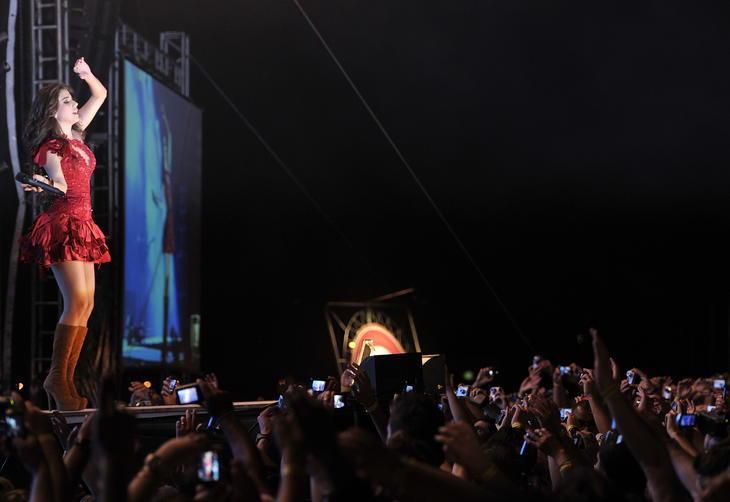 Cantora mineira encantou o público com repertório popular e simpatia:imagem 8