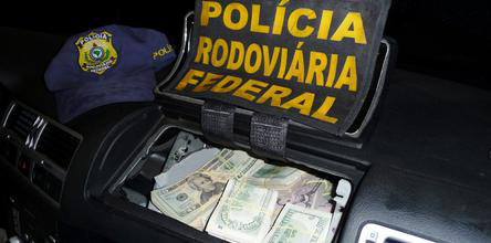 Couple with $87,000 hidded in car's airbag were bused by police in the southern Brazilian state of Santa Catarina