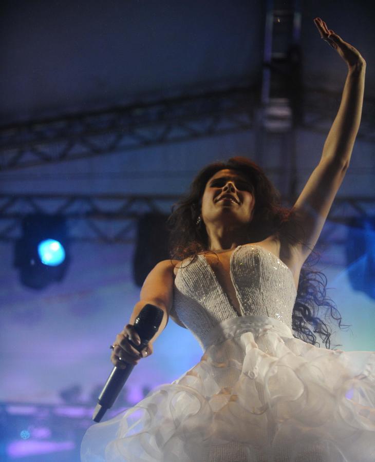 Show de Paula Fernades na Beira-Mar Norte:imagem 2