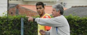 (Andr� Palma Ribeiro/Ava� FC)