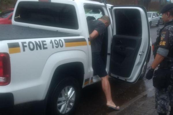 Fontoura foi detido quando chegava em uma residência do bairro Mato Queimado