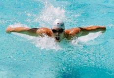 Kaio Márcio  venceu a prova dos 200m borboleta em Santa Clara - Brian Bahr, AFP