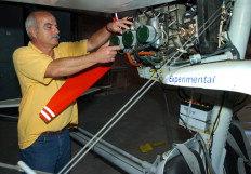 Luís Adauto Costa é diretor-técnico do Aeroclube de Santa Catarina e apaixonado por aviação - Alvarélio Kurossu